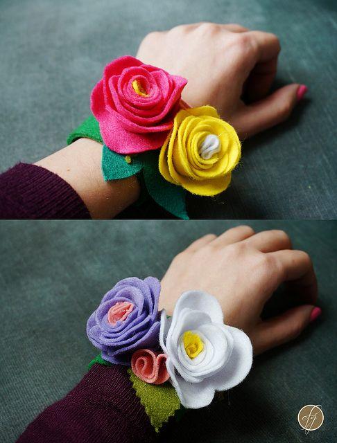 Floral napkin holder AND bracelet - Portatovagliolo E braccialetto floreale