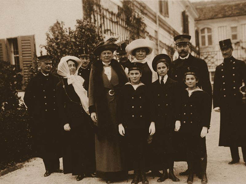 Archduke Franz-Ferdinand, his two sons, his daughter and his wife Duchess Sohie of Hohnenberg