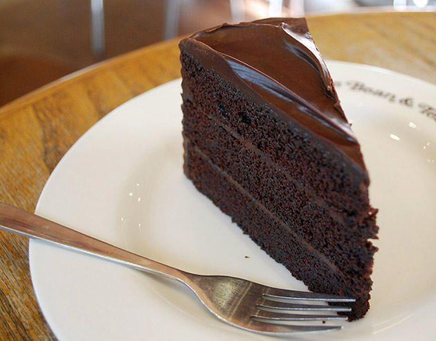 Chocolate Fudge Cake From Coffee Bean Tea Leaf Cbtl Chocolate Fudge Cake Cake Cake Servings