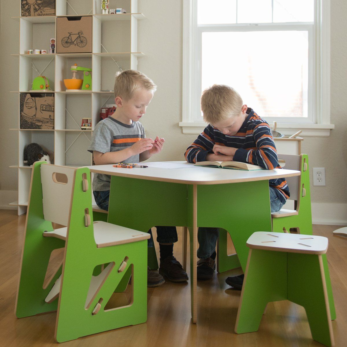 Brilliant Kids Play Table With Storage Amazon Com Modern Kids Table Machost Co Dining Chair Design Ideas Machostcouk