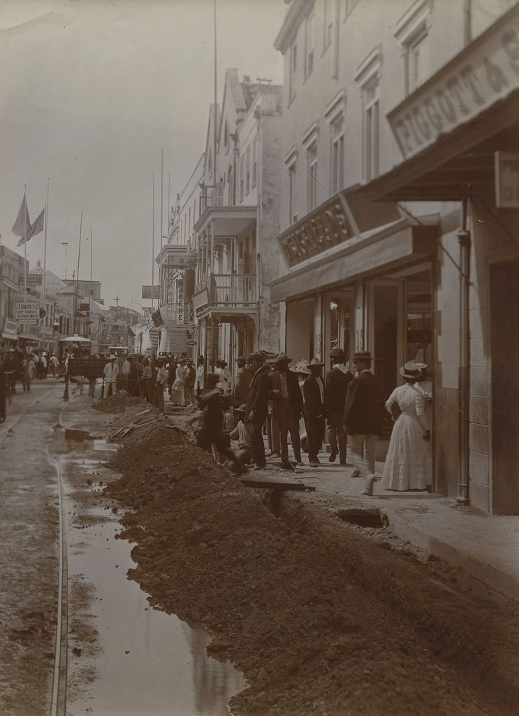 Laying Of Electric Cables, Broad St, Bridgetown, Bardados | By The  Caribbean Photo