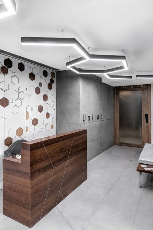 Pin By Mariana Ravz On Muebles Office Reception Design