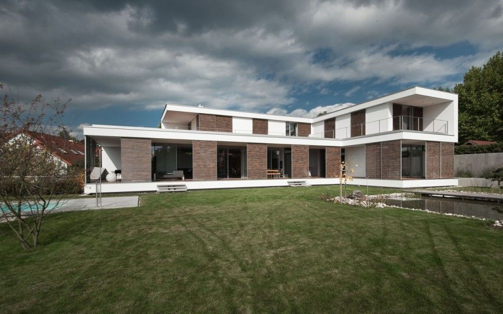 L Shaped Contemporary House L Shaped House Plans L Shaped House