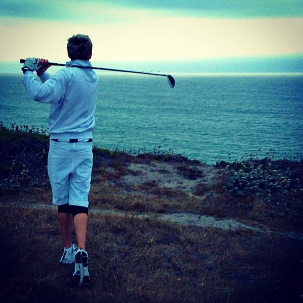Best golfing picture of him to date <3