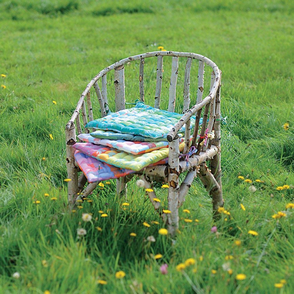 Galette de chaise fantaisie garnier thiebaut mod le - Modele galette de chaise ...
