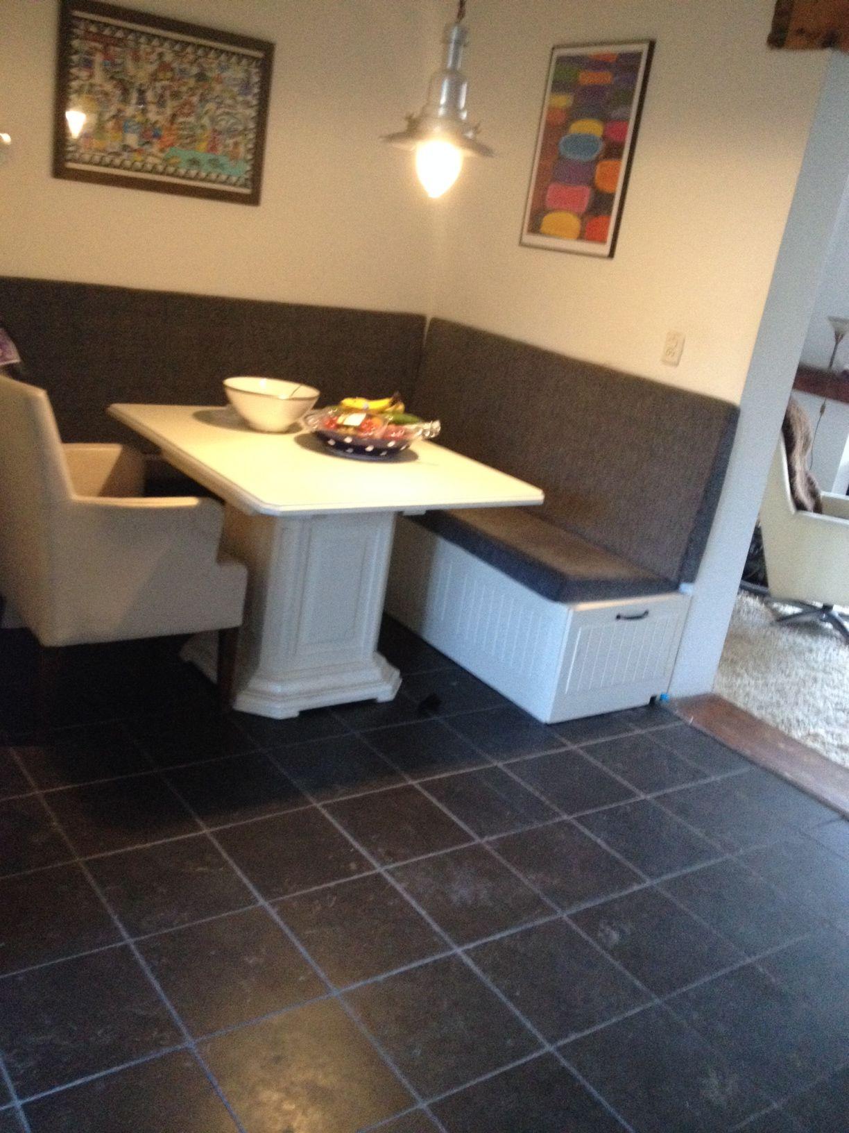 Eindresultaat keukenbank eigen maaksels pinterest eethoek hoekbank en bank - Deco kleine zithoek ...