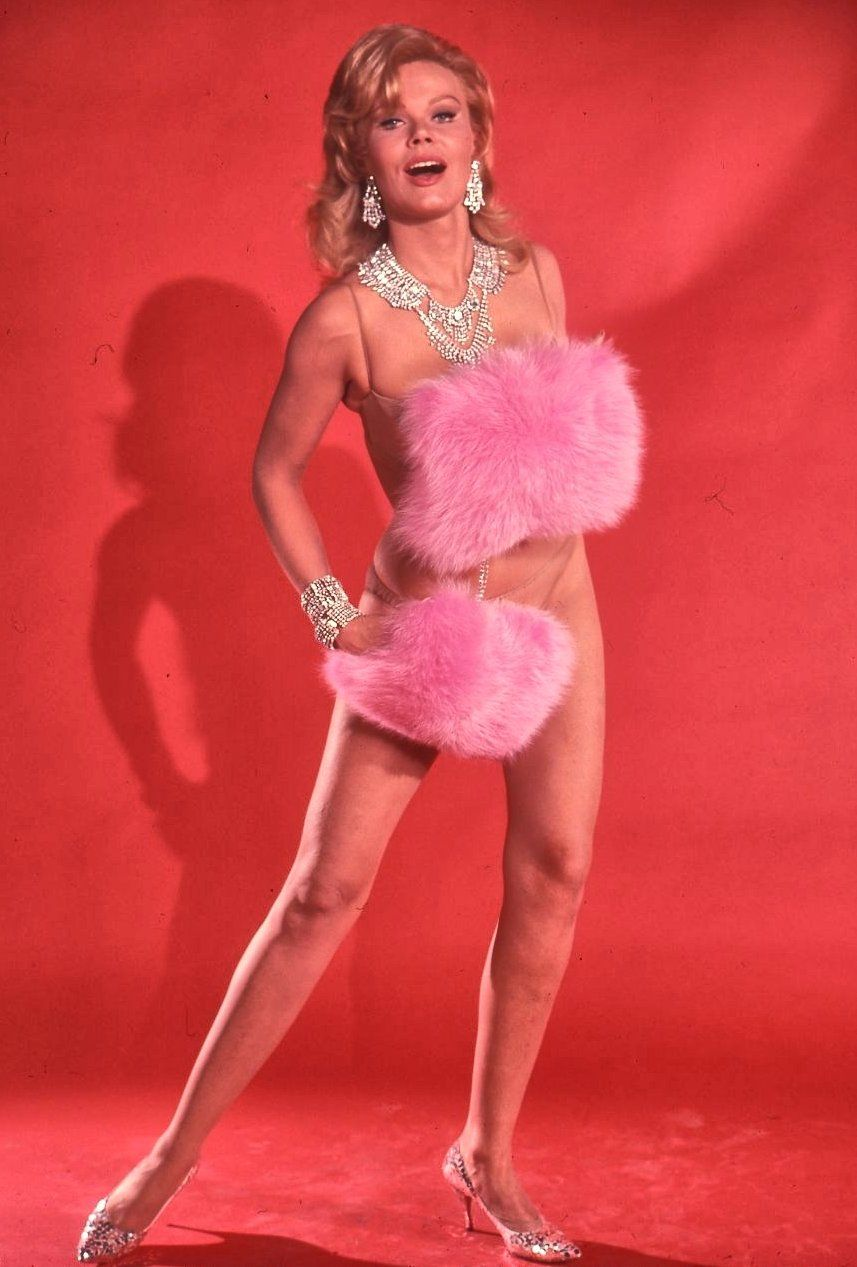 Corinne Cole nudes (61 photo), Ass, Paparazzi, Feet, legs 2006