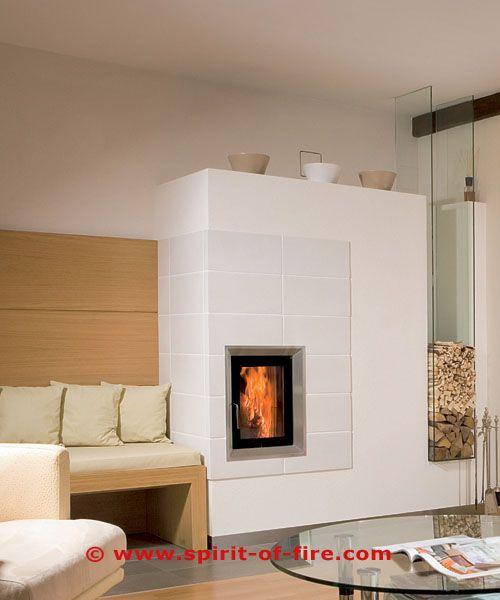 und wieder ein klassischer zeitloser echter kachelofen auch unter den verputzten fl chen mit. Black Bedroom Furniture Sets. Home Design Ideas