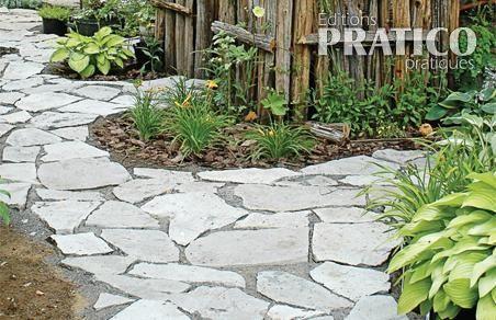 Comment faire une terrasse et des sentiers en pierres - Faire une chape exterieur ...