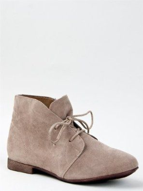 00bbf028e88 Amazon.com  Breckelle s SANDY-61 Women Classic Lace Up Flat Desert Ankle  Boot
