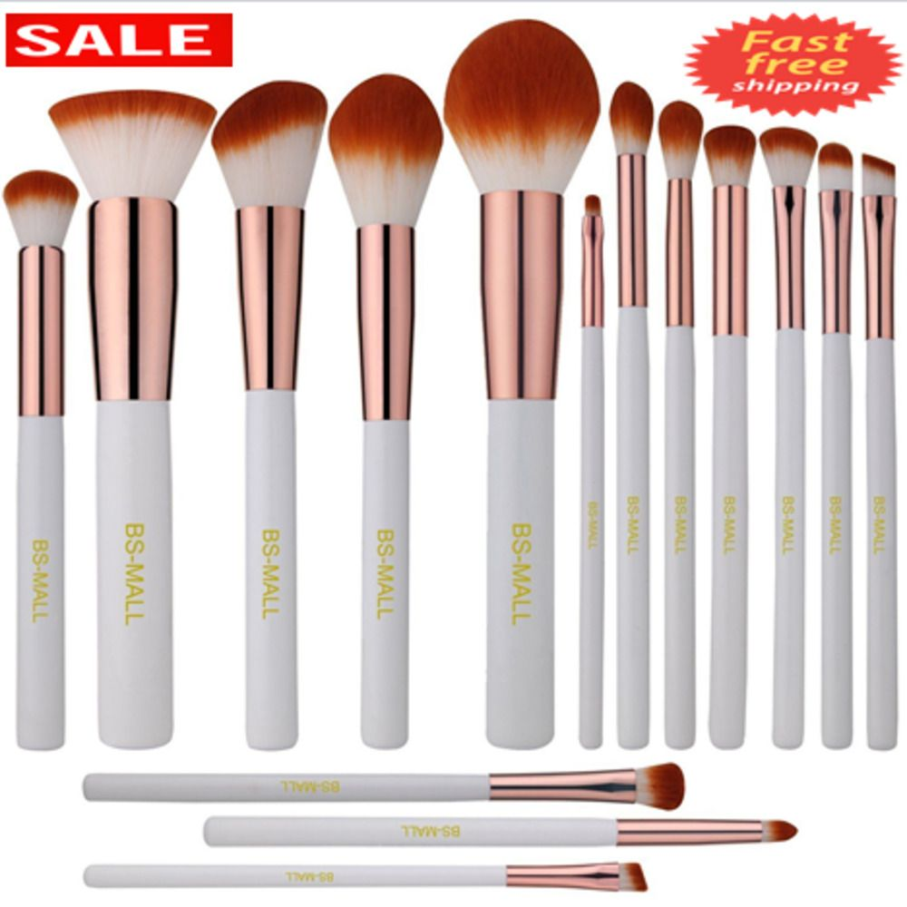 Silky Soft Makes Applying Makeup A Luxurious Experience For Example The Angled Makeup Brush Is Perfe Makeup Brush Kit Makeup Brush Set Kabuki Makeup Brushes