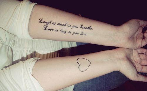 """""""Sorria tanto quanto você respira. Ame enquanto você viver"""". Quem aí concorda com a frase? o/"""