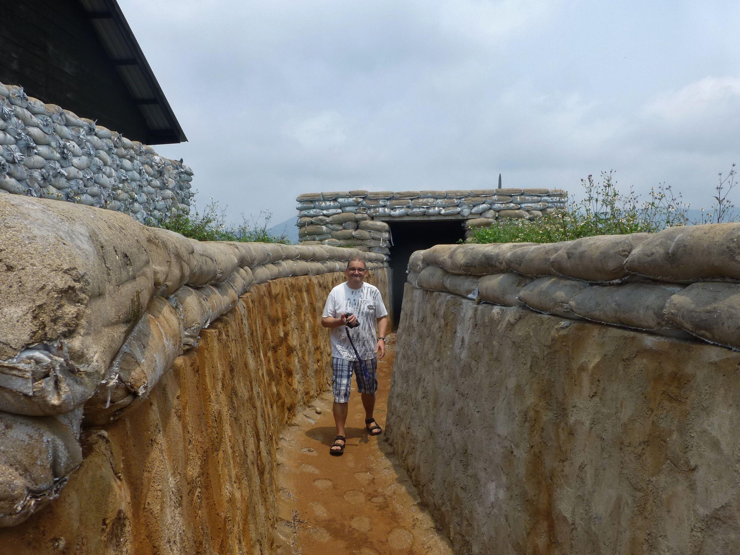 Vinh moc tunnels quang tri vietnam www asianatravelmate com viet