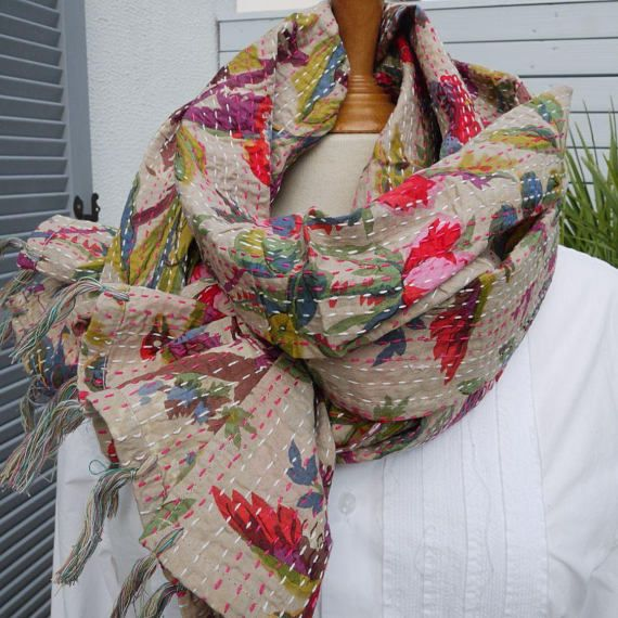 Long Kantha scarf made with a bird print cotton, reversible - hand ... 379414833e2