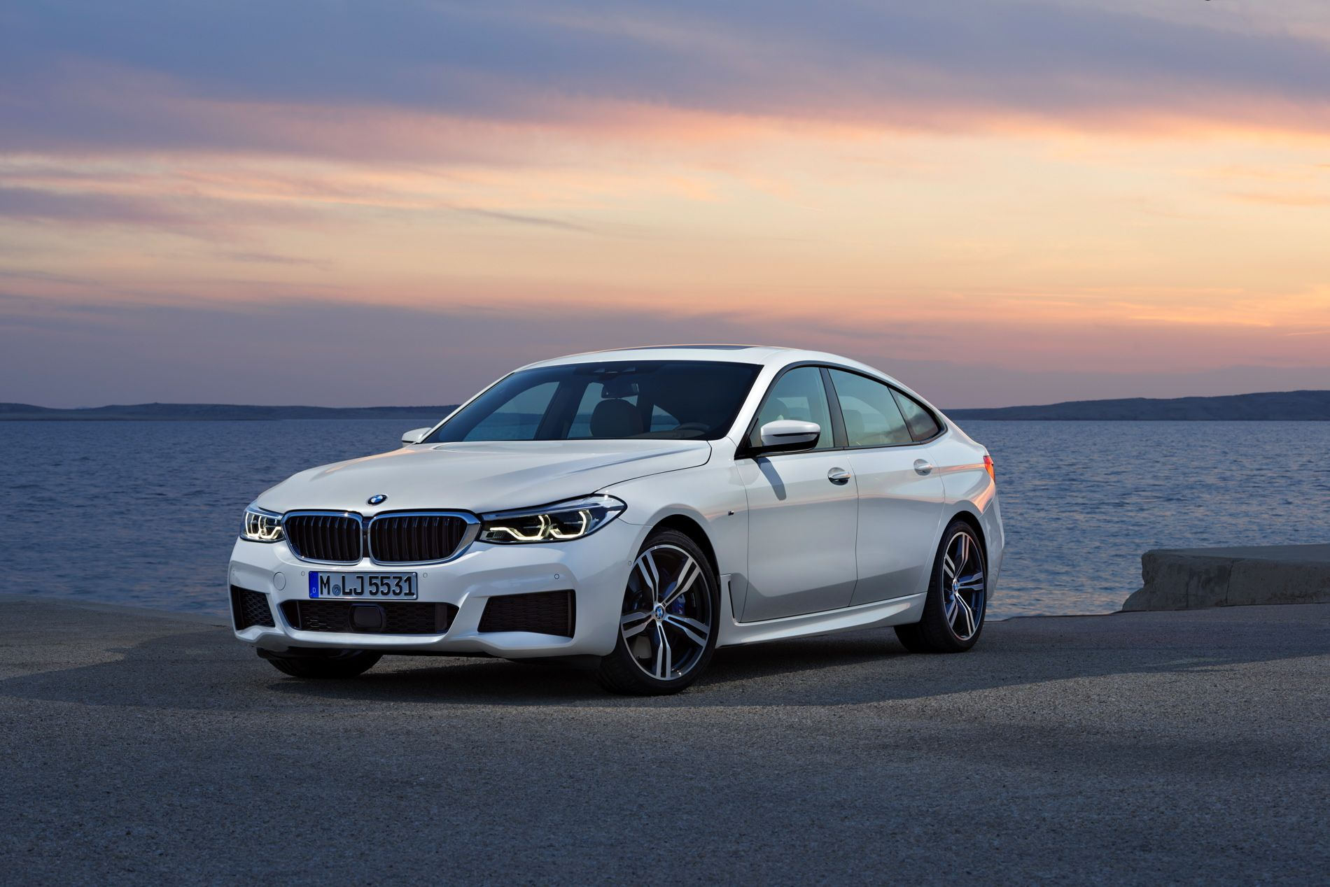 The Bmw 6 Series Gt Will Come With The Copilot System As Standard