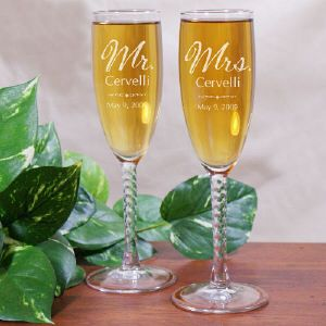 Mr And Mrs Personalized Wedding Toasting Flutes Favor