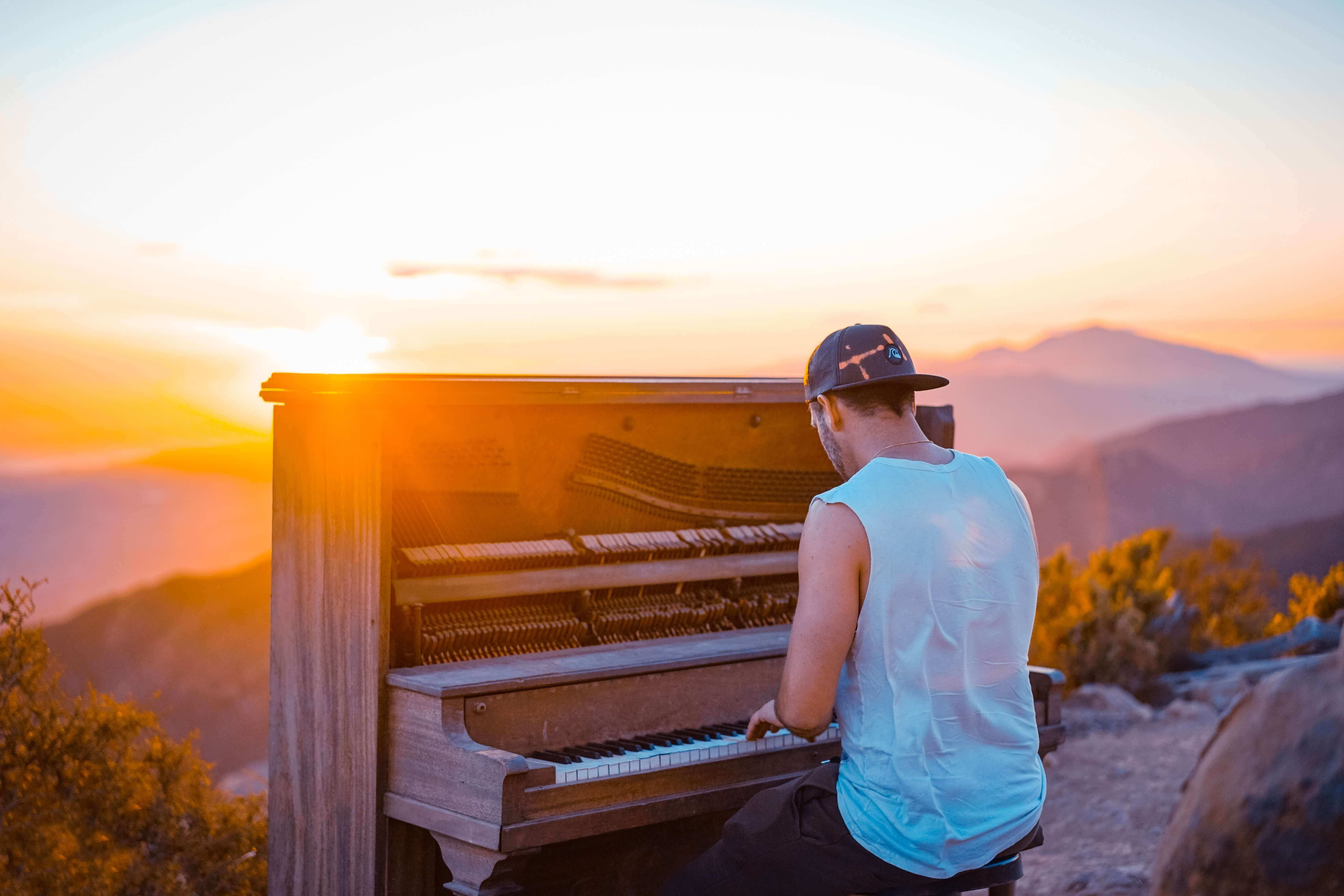 Piano Lessons For Adults Top Tips For Adult Beginners