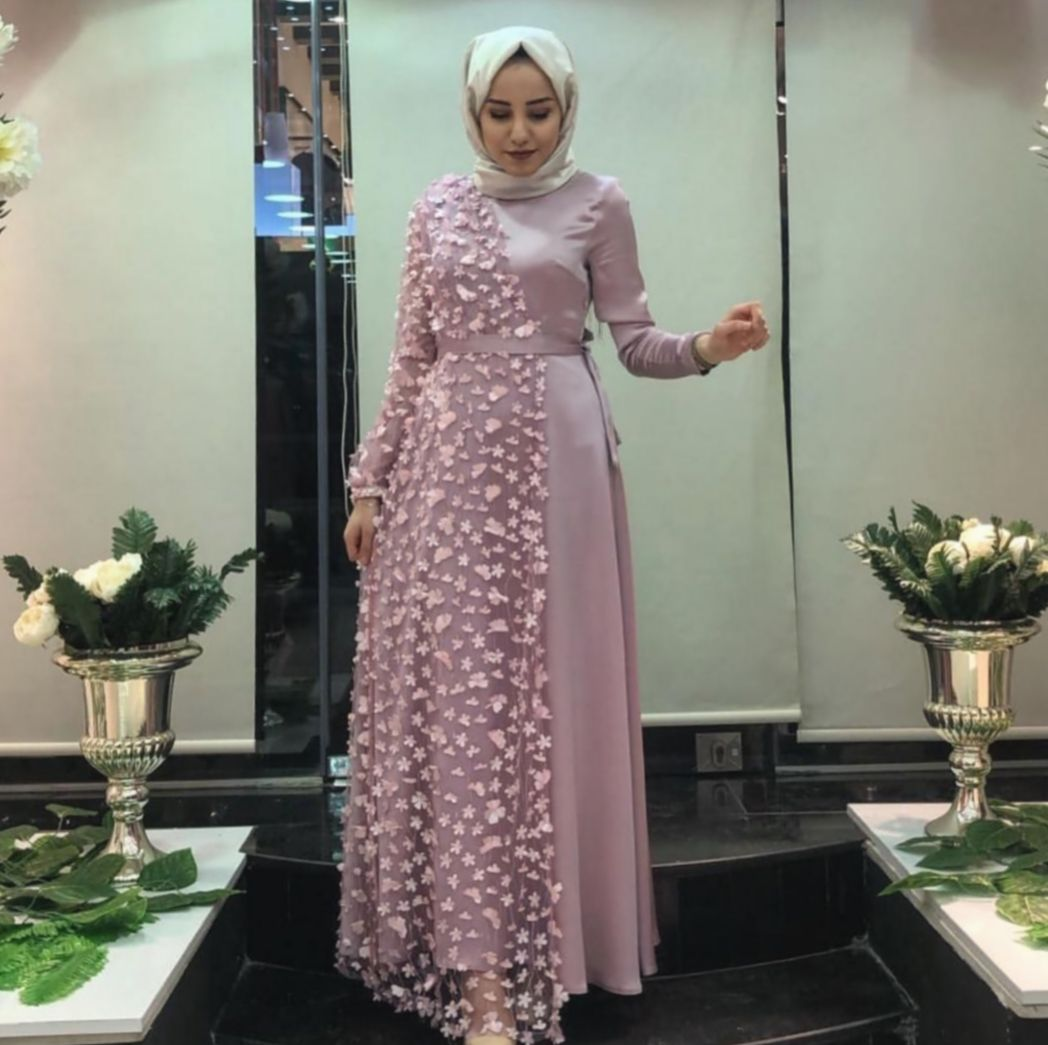 8+ Fashion Dresses Night Cute Outfits  Gaun perempuan, Model