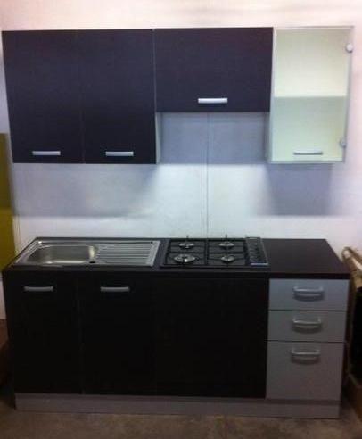 Cucina Monoblocco 180 Cm In Promozione Comfal Recuperi Fallimentari Di Ogni Genere Cucine Arredamento