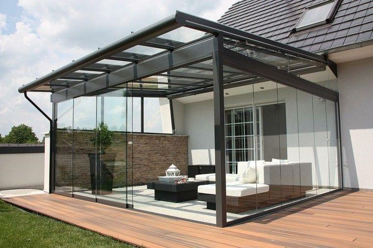 Jardines y terrazas pergola puertas techo cristal muebles for Muebles para terrazas cubiertas