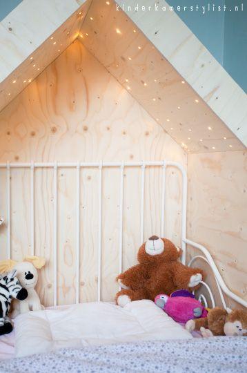 deco tete lit enfant cabane dans la chambre de nos loulous d 39 amour pinterest lit enfant. Black Bedroom Furniture Sets. Home Design Ideas