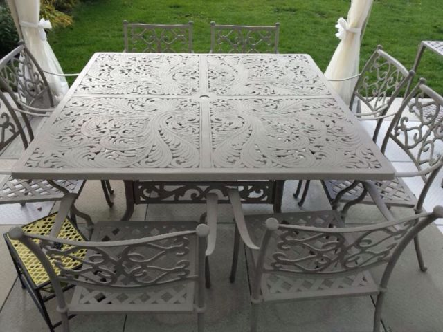 8 Seat Wrought Iron Beige Set With Matching Server Patio