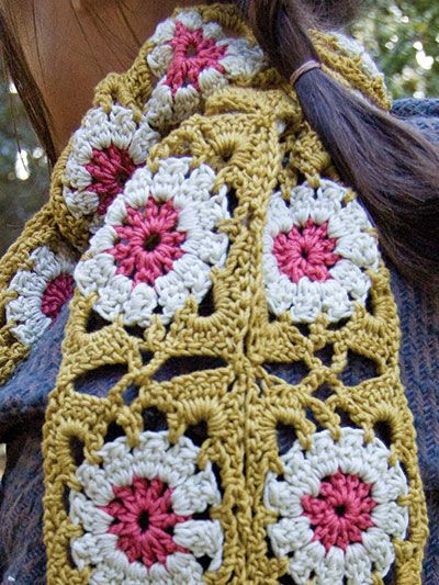Free Crochet Pattern Download This Garden Granny Scarf Designed
