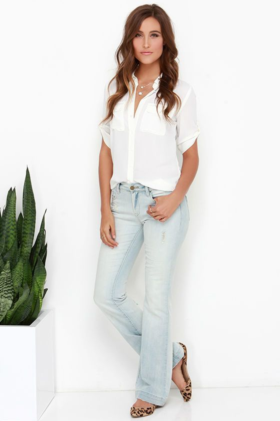Blank NYC Shibby Light Wash Distressed Flare Jeans at Lulus.com!