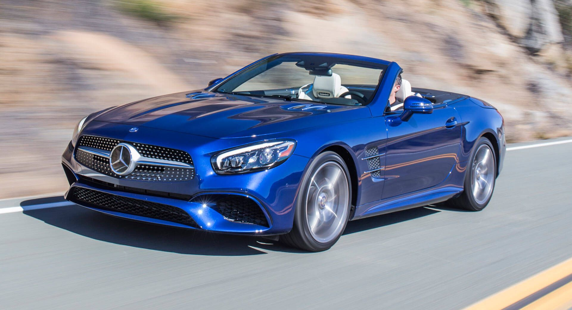 New Mercedes Sl Due In 2021 Being Developed Alongside The Next Amg Gt Carscoops Mercedes Sl New Mercedes Mercedes