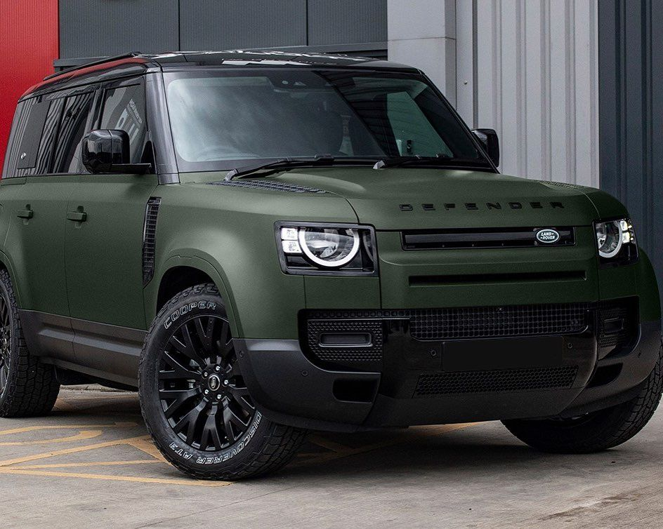 Chelseatruckco Shared A Photo On Instagram New Defender 110 In Matt Green Wearing 22 Rs Wheels By New Defender Luxury Cars Range Rover Land Rover Defender