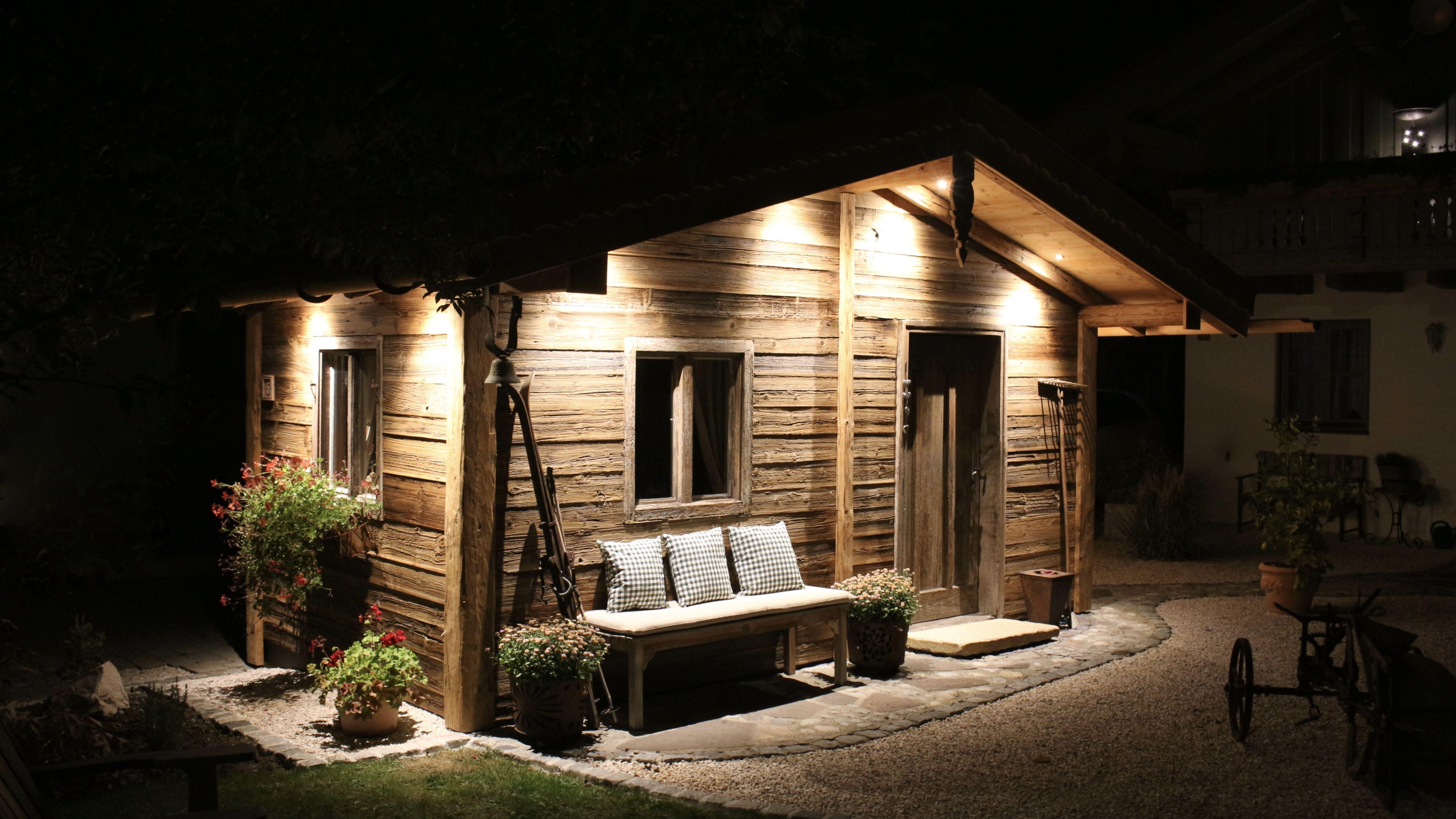 Alpen Chalet Uriger Charme Landhausdiele Gartenhutte Gartenhaus