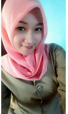 jilbab hot Janda sexy