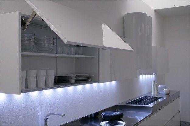 Illuminazione sottopensile. | Mini&Cheap | Pinterest | Kitchens