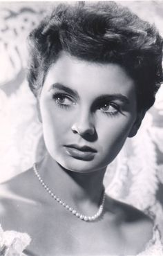 Jean Simmons ...