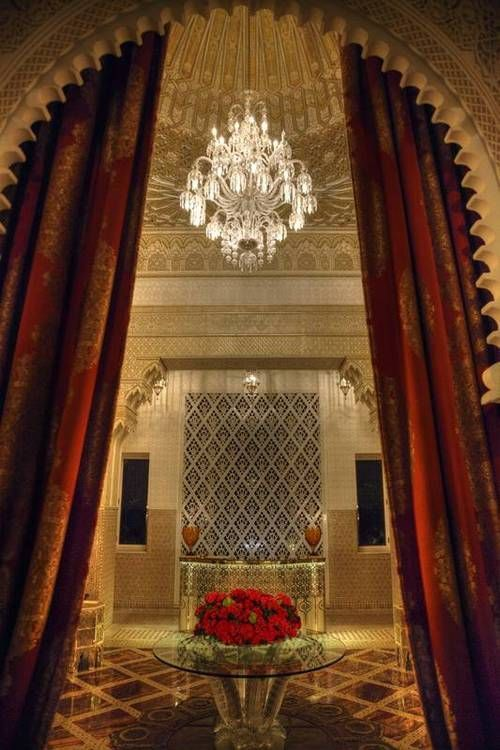 A Luxurious Moroccan Reception Hall At One Of Morocco S Finest Hotels Marrakesh Luxury