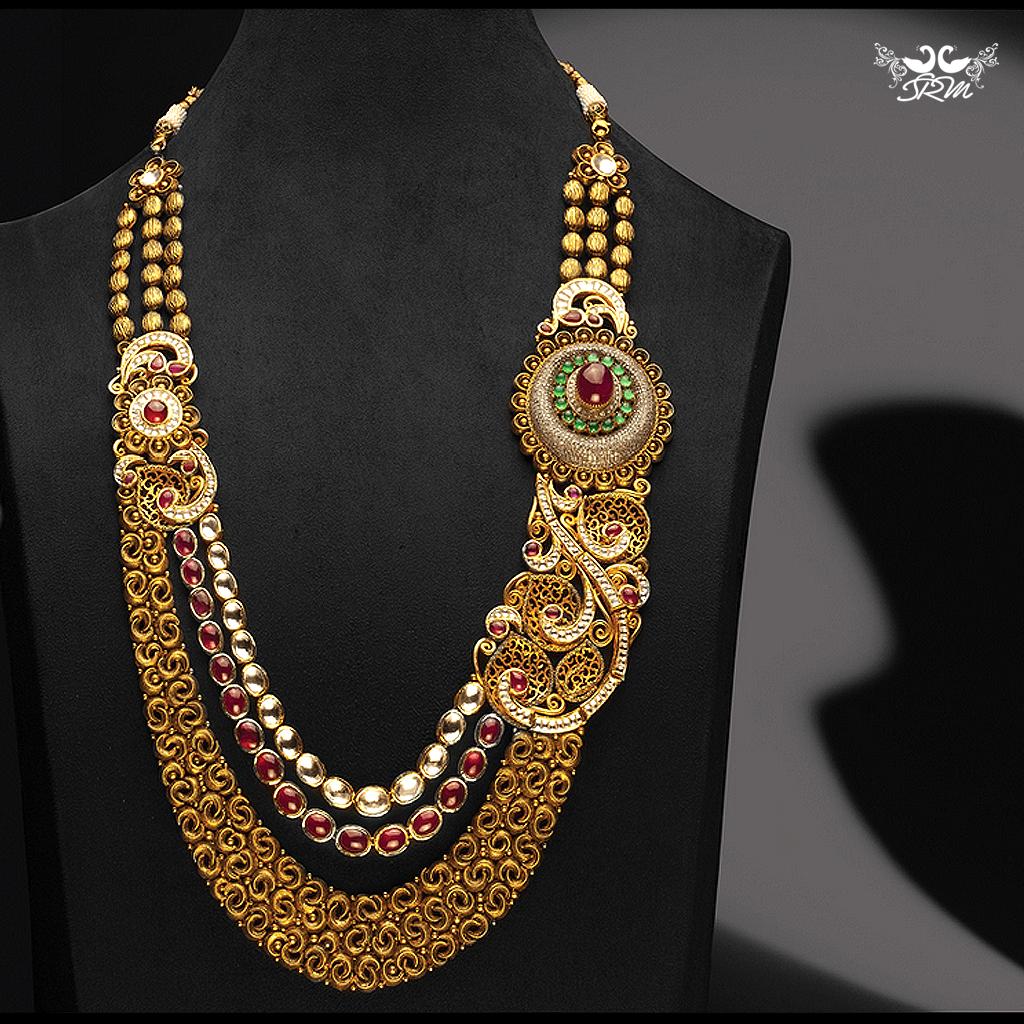 Designerbridaljewellery Bridaljewellery Bride Indianbride Indiantraditionalbride Bridaloutfits Gold Jewelry Fashion Fashion Jewelry Sets Necklace Designs