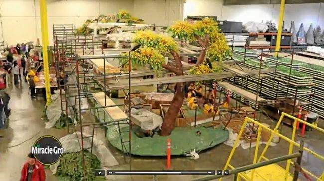 Watch this timelapse video of the Miracle-Gro Rose Parade float being built