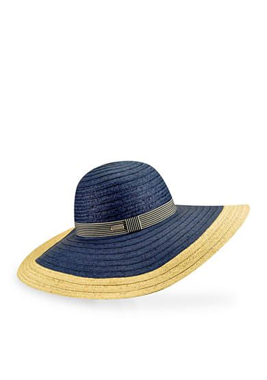 Remix your collection with this navy straw hat for a refreshing look! An eye-catching large brim with UPF 50+ protection allows you to enjoy a full day in the sun.