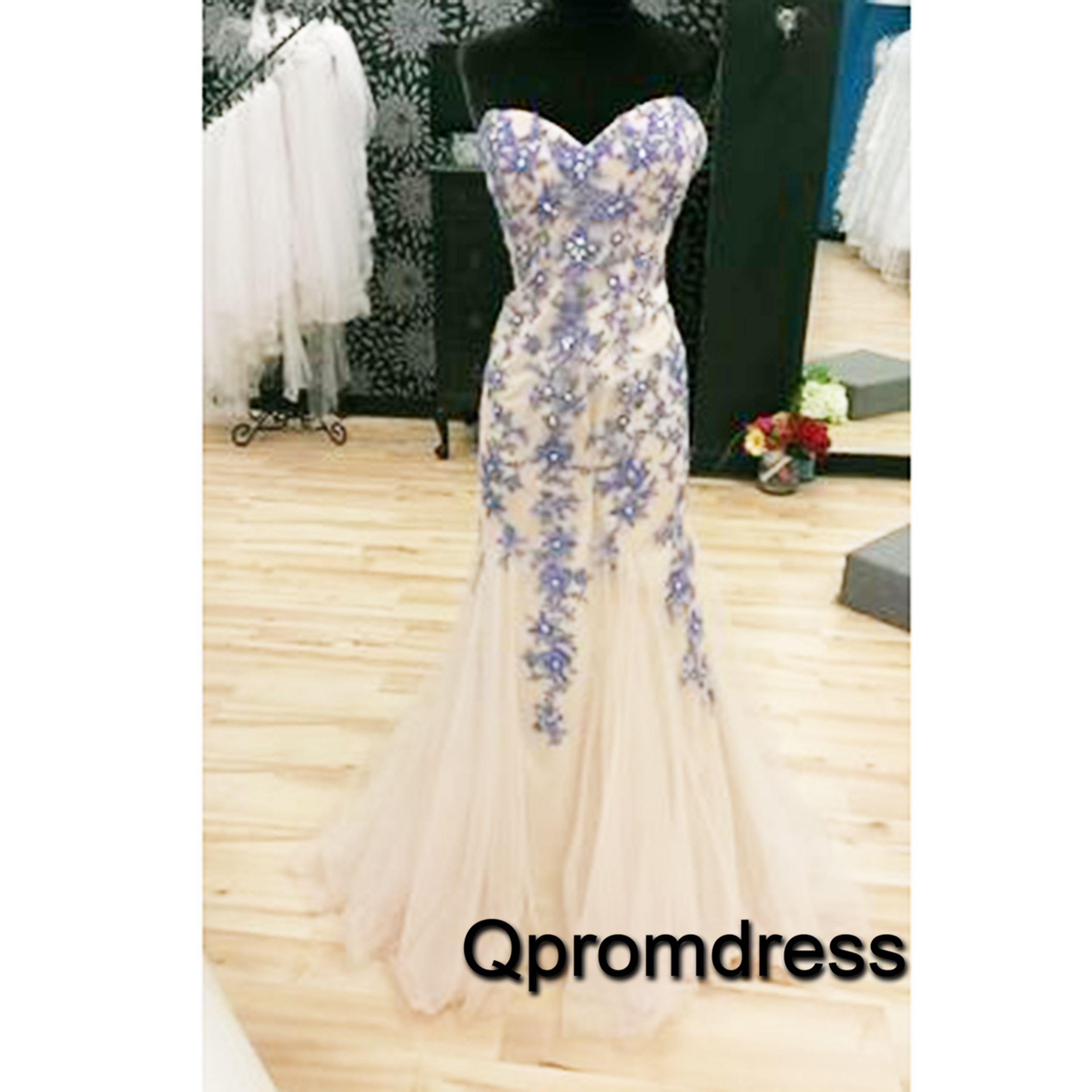 Sweetheart prom dress ball gown beautiful blue appliques tulle