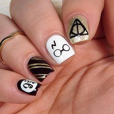 Harry Potter Nails Art Nail Art Pinterest Harry Potter Nail