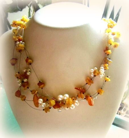 pearl-amber necklace