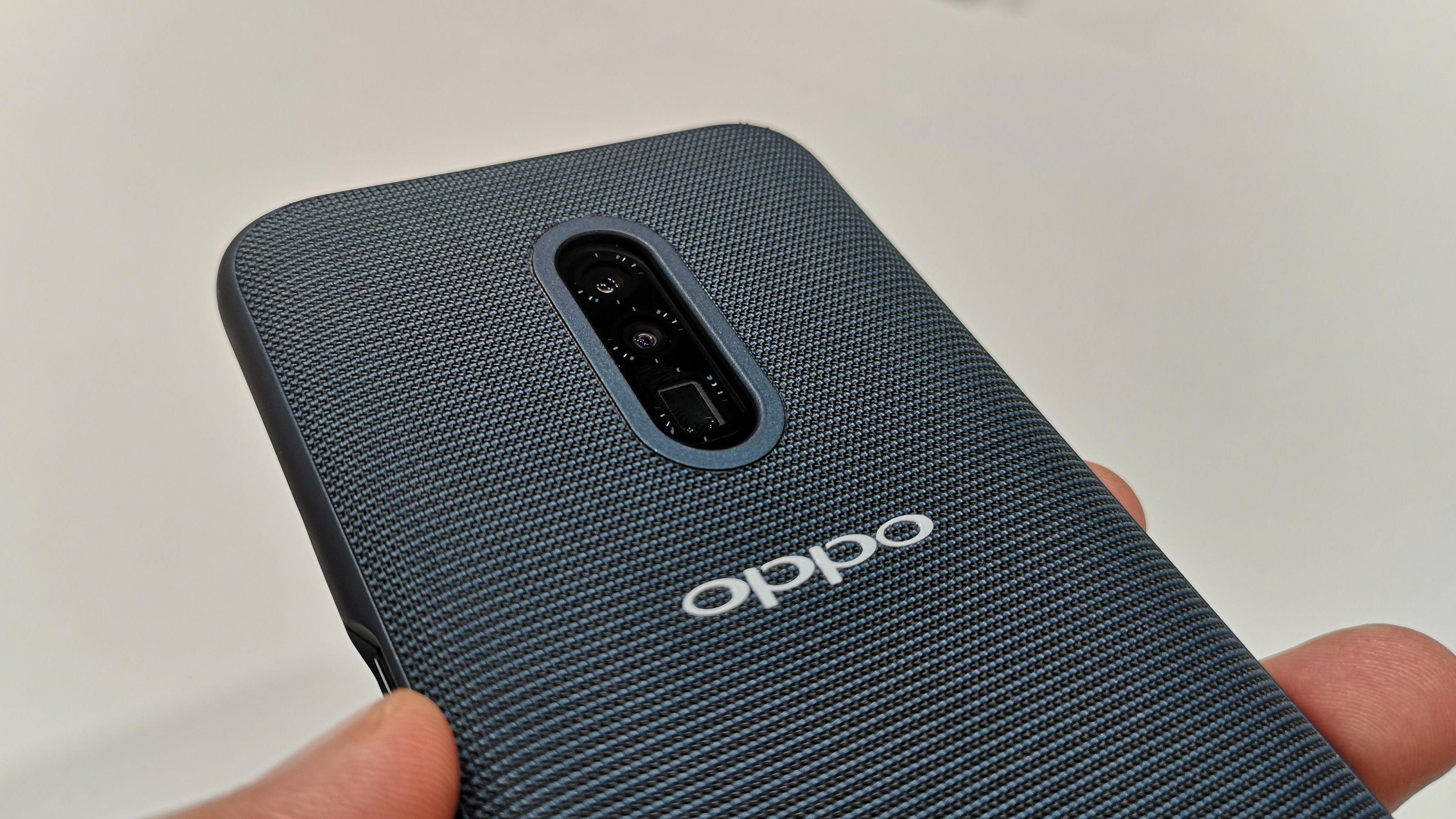 Oppos New 10x Lossless Zoom Technology Lets You Wave Goodbye To Blurry Photos Smartphone Accessories Mobile World Congress Best Smartphone