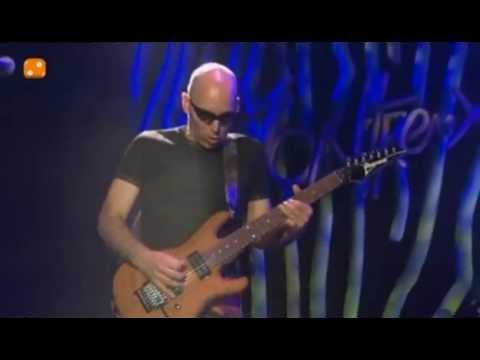 Joe Satriani Surfing With The Alien Live Youtube