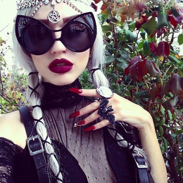 d7ebfccd16f Funky Extra Large Cute Womens Oversized Cat Eye Sunglasses C1600 – FREYRS -  Beautifully designed