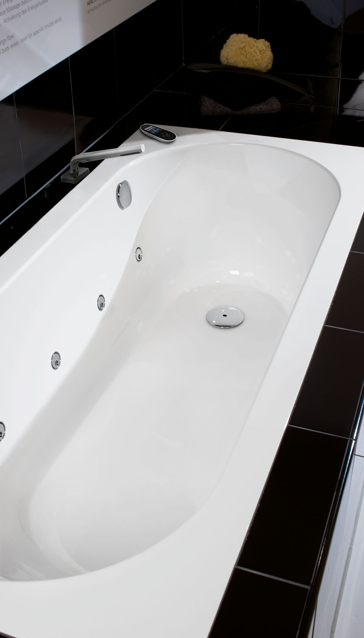 Villeroy and boch bathroom sink - Villeroy Boch System Whirlpool Bath