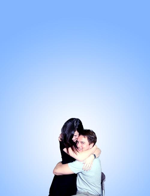Eve Myles & John Barrowman.  I want in on that hug.