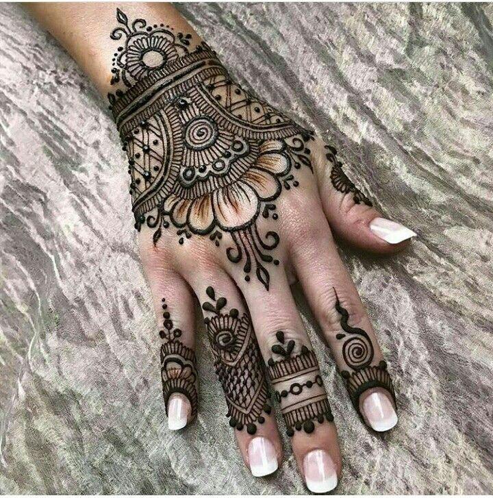 Pin By Wendoleen On Henna Tatuaje Body Art Henna Tattoo