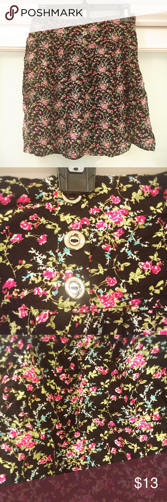 🎾High waist black floral mini skirt🎾 High waist design. Zipper on the side. Unfortunately the size on the label is gone. I'd say it's M. Great condition. Worn once maybe. Skirts A-Line or Full