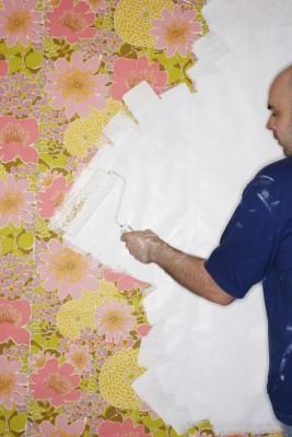 How To Paint Over Wallpaper Liner Ehow Painting Over Wallpaper Wallpaper Over Wallpaper Painting Wallpaper
