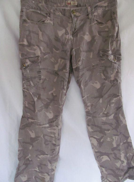 Camo Women Pants Khaki Green Camouflage Pants Army Wife Hip Hugger Pants 90s Grunge Camo Revintageboutique E Pants For Women Camouflage Pants Green Camouflage
